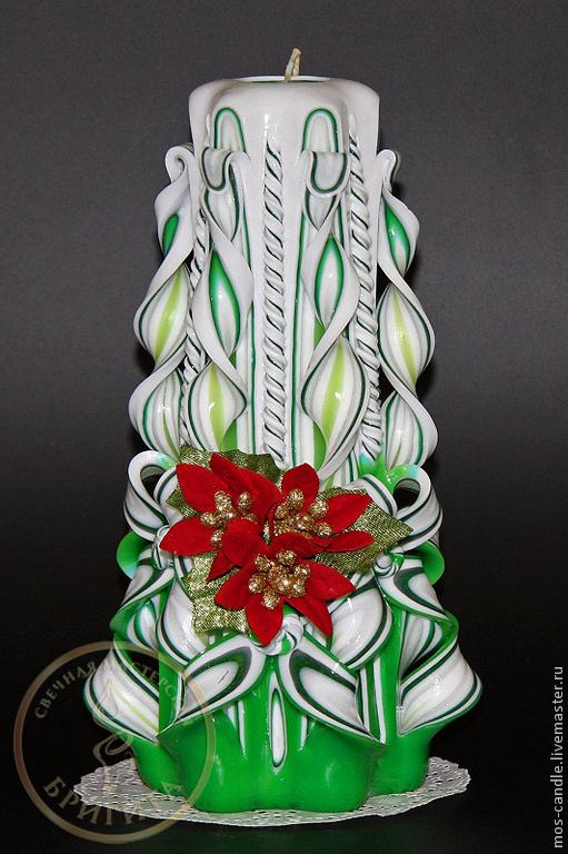 Новогодний подарок - резная свеча ручной работы Малибу. Цветовая коллекция `Подснежники`. Декорирована Новогодней пуансетией. Свечная мастерская Бригита. Елена Ремизова