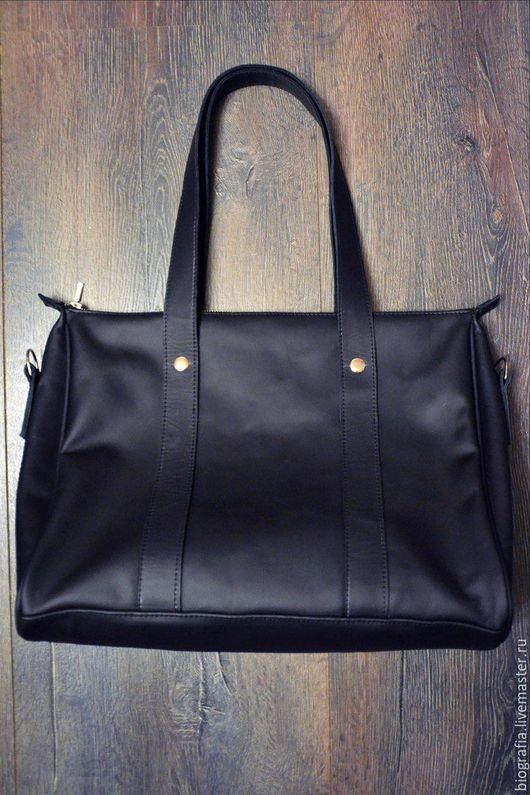 Мужские сумки ручной работы. Ярмарка Мастеров - ручная работа. Купить Мужская кожаная сумка UNIVERSAL. Handmade. Черный