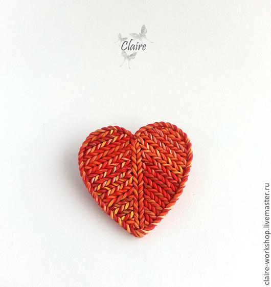 """Броши ручной работы. Ярмарка Мастеров - ручная работа. Купить Брошь """"Вязаное сердце"""" из полимерной глины. Handmade. полимерная глина"""