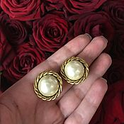 Винтаж handmade. Livemaster - original item Elegant vintage Carolee clip-on earrings with pearl. Handmade.