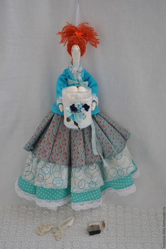 """Куклы Тильды ручной работы. Ярмарка Мастеров - ручная работа. Купить """"О море, море.."""" Хранительница ватных палочек и дисков. Handmade."""