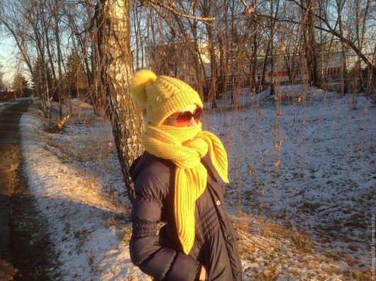 """Шарфы и шарфики ручной работы. Ярмарка Мастеров - ручная работа. Купить Комплект вязаный шарф и шапка """"Спелая дыня"""". Handmade."""