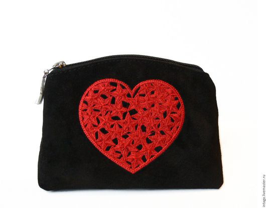 """Женские сумки ручной работы. Ярмарка Мастеров - ручная работа. Купить """"Красное сердце""""косметичка черная замша. Handmade. Черный, сердце"""