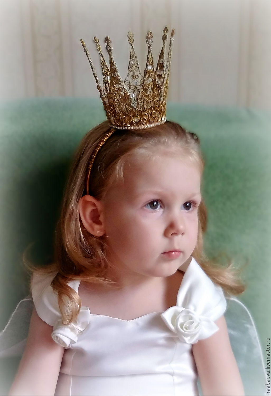 ободок с короной своими руками фото разрушают мародеры