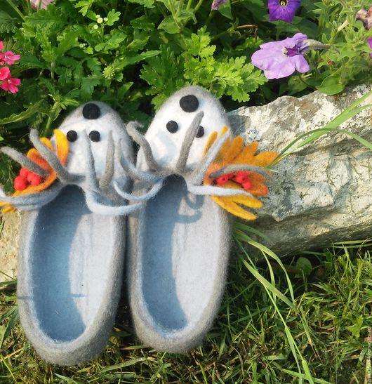 Тапочки валяные. Купить тапочки валяные. Обувь ручной работы.Тапочки валяные. Обувь ручной работы.Шлепки. Ярмарка мастеров. Хендмей.  Купить валяные тапочки. Тапочки валяные купить. Тапочки валяные м