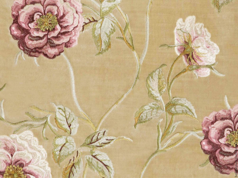 Декоративные ткани с вышивкой