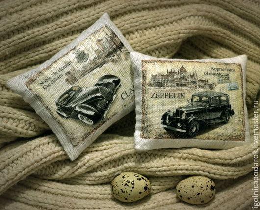 """Подарки для мужчин, ручной работы. Ярмарка Мастеров - ручная работа. Купить Саше с лавандой - """"Ретро автомобили..."""". Handmade. для машины"""