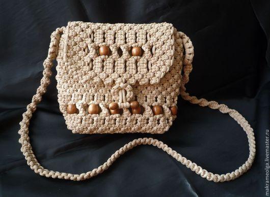 Женские сумки ручной работы. Ярмарка Мастеров - ручная работа. Купить Плетеная женская сумка с деревянными бусинами. Handmade. Бежевый
