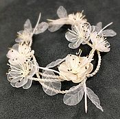 Свадебный салон handmade. Livemaster - original item Wedding Waltz, ivory, Bracelet with handmade flowers. Handmade.