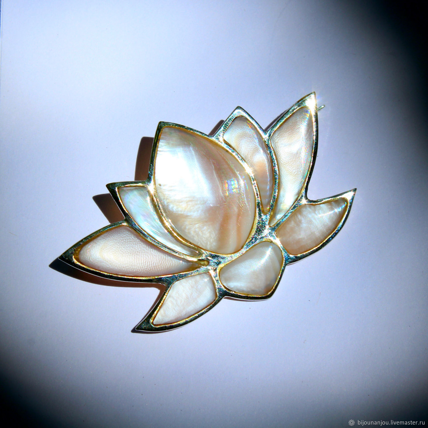 Lotus brooch in silver and pearl shell, Brooches, Yerevan,  Фото №1