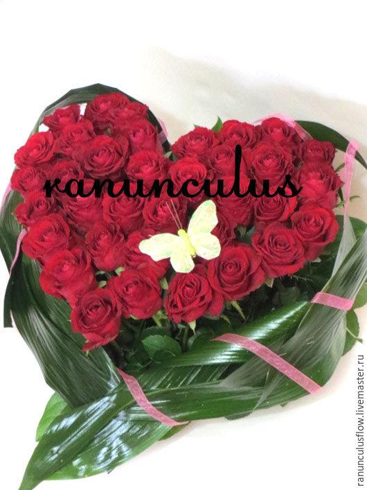 Букеты ручной работы. Ярмарка Мастеров - ручная работа. Купить Сердце из роз. Handmade. Ярко-красный, розы в подарок, розы