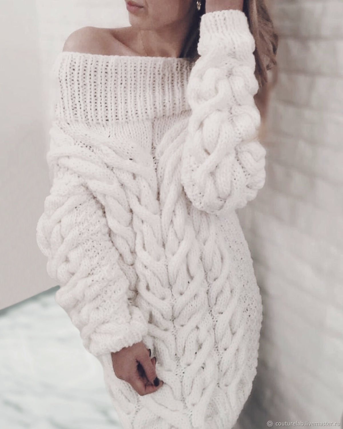 White long women's knitted sweater from SHAPAR brand women knitted clothes handmade online store jerseys at the fair masters long off-shoulder sweater, white long sweater