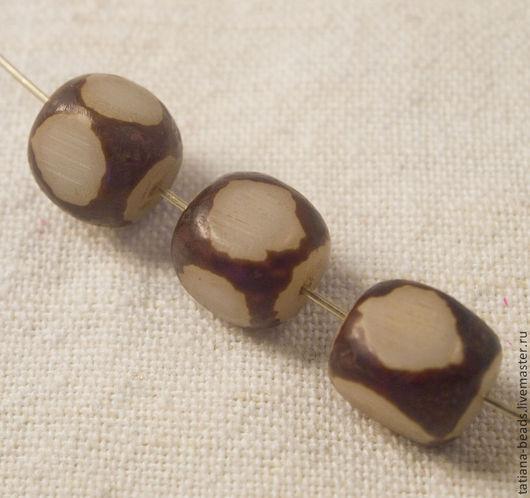 Для украшений ручной работы. Ярмарка Мастеров - ручная работа. Купить Бусины кубики светлые коричневые из семян бури (Филиппины), 12х8 мм. Handmade.