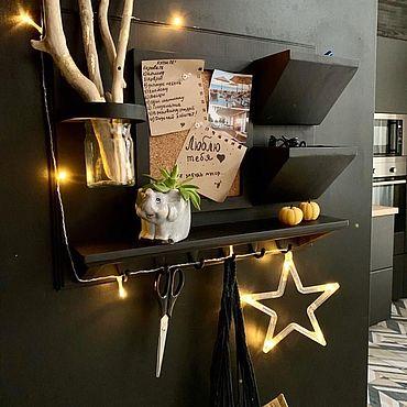 Мебель ручной работы. Ярмарка Мастеров - ручная работа Полка навесная из дерева чёрная купить. Handmade.
