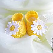Работы для детей, handmade. Livemaster - original item knitted booties girls baby booties baby shoes knitted yellow. Handmade.