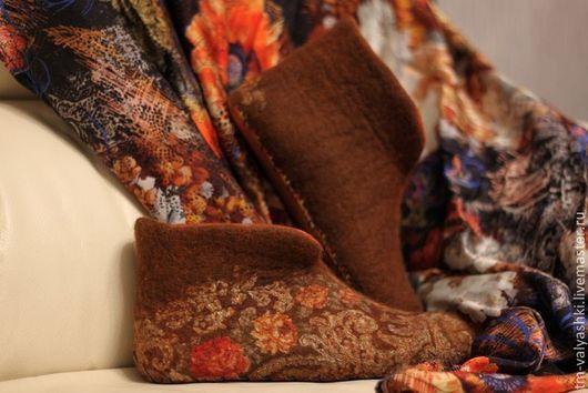 """Обувь ручной работы. Ярмарка Мастеров - ручная работа. Купить Валеночки домашние """"Осенняя сказка"""". Handmade. Рыжий, чуни"""
