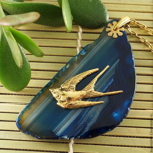 Кулоны, подвески ручной работы. Ярмарка Мастеров - ручная работа. Купить Подвеска Птица счастья (синий срез агата). Handmade.