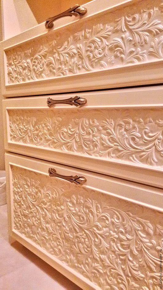 Мебель ручной работы, Мебель из дерева, декор фасадов по идее Хозяйки квартиры. Шкафы в гардеробную комнату.
