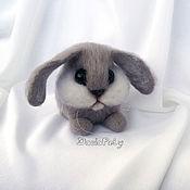 Куклы и игрушки ручной работы. Ярмарка Мастеров - ручная работа Акция -50% Кролик валяный из шерсти. Handmade.