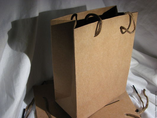 Упаковка ручной работы. Ярмарка Мастеров - ручная работа. Купить Крафт пакет с ручками 14х,5х11,5 и 20х15. Handmade.