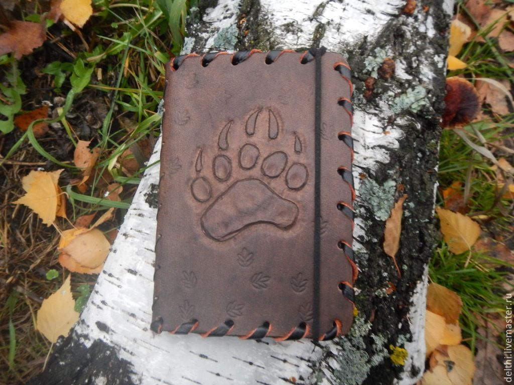 Cover leather wallet with embossed Bear claw, Cover, Ulyanovsk,  Фото №1