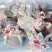 Подарки к праздникам ручной работы. Ярмарка Мастеров - ручная работа Елочные шары в стиле Шебби-шик. Handmade.