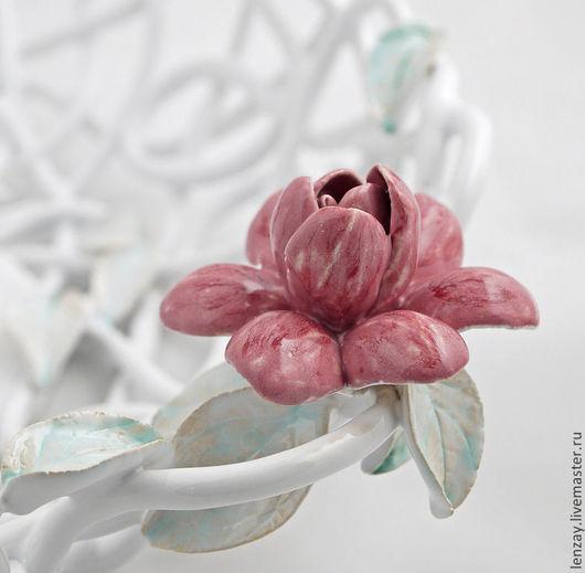 Фруктовница `Нежность`. Плетеная керамика и керамические цветы Елены Зайченко