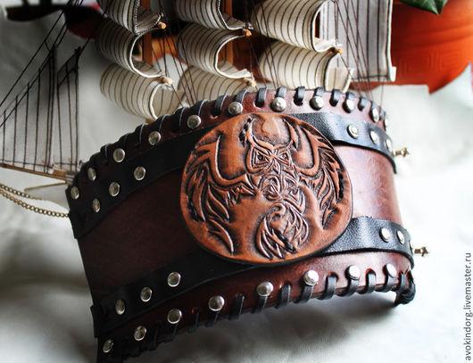 """Браслеты ручной работы. Ярмарка Мастеров - ручная работа. Купить Кожаный браслет широкий """"Филин"""". Handmade. Коричневый, браслет"""