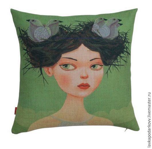 Детская коллекция, подушка с девочкой с гнездом