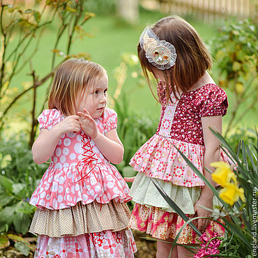 Работы для детей, ручной работы. Ярмарка Мастеров - ручная работа Платье для девочки красный бежевый розовый Хлопок рюшки. Handmade.