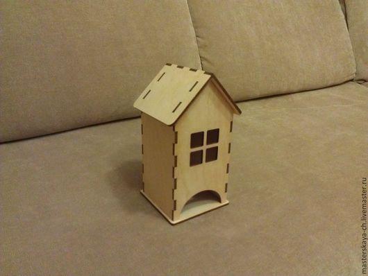 Чайный домик средний с квадратным окошком