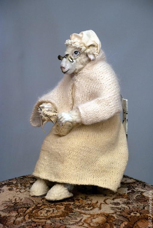 """Коллекционные куклы ручной работы. Ярмарка Мастеров - ручная работа. Купить авторская кукла """"Овца-белая королева"""". Handmade. текстиль"""