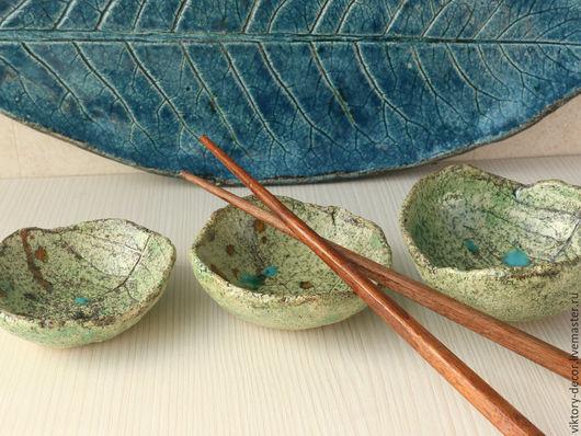 Тарелки ручной работы. Ярмарка Мастеров - ручная работа. Купить Тарелка керамическая  Лист. Handmade. Зеленый, посуда из керамики, листики