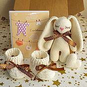 Сувениры и подарки handmade. Livemaster - original item A gift for a newborn. Bunny, booties and heart.. Handmade.