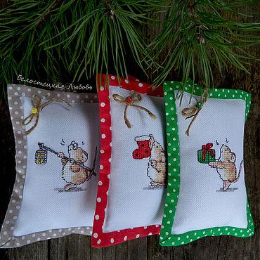 Для дома и интерьера ручной работы. Ярмарка Мастеров - ручная работа Новогодние аромасаше, новогодний подарок, символ года,новогодний декор. Handmade.