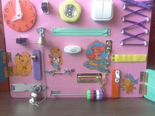 Развивающие игрушки ручной работы. Ярмарка Мастеров - ручная работа. Купить Бизиборд для девочки. Handmade. Комбинированный, подарок для девочки, фанера
