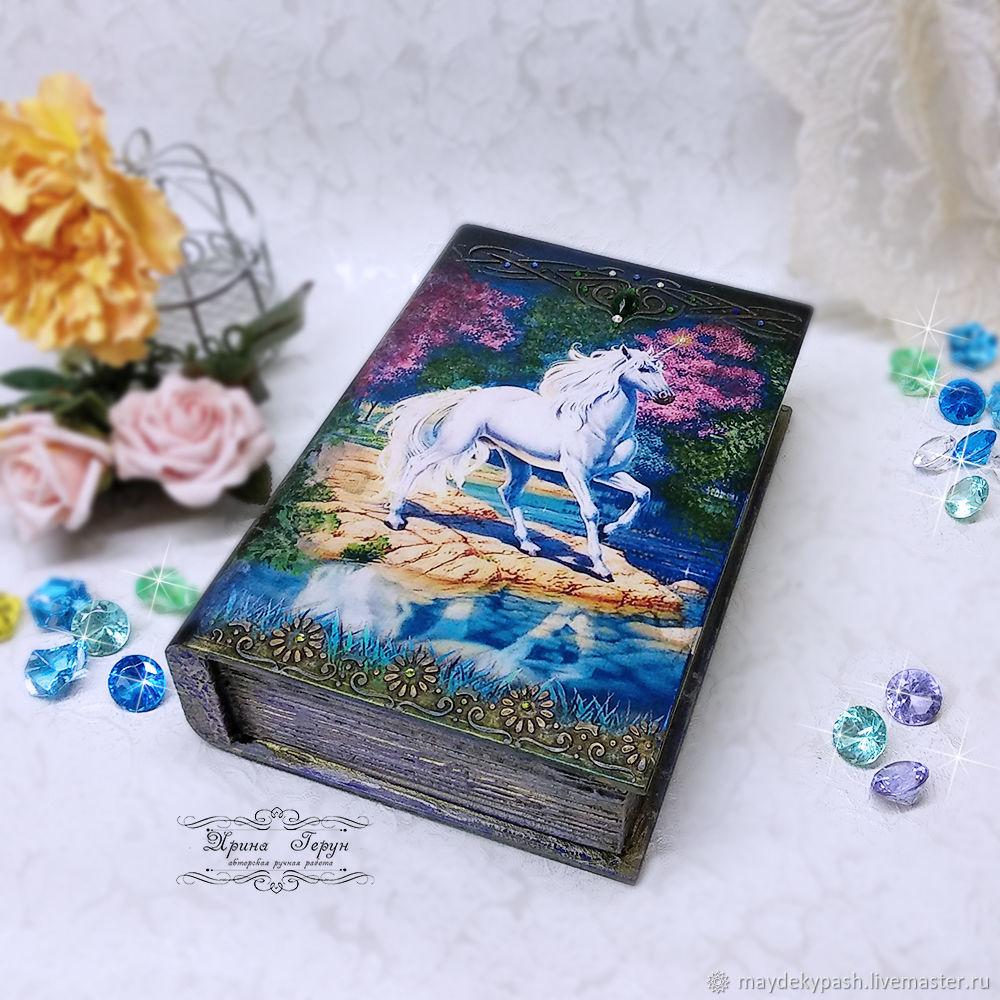 'Unicorn ' box-book, Box, Shack,  Фото №1