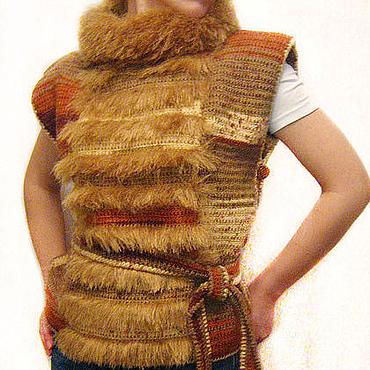 """Одежда ручной работы. Ярмарка Мастеров - ручная работа Жилет с """"меховым"""" воротником. Handmade."""
