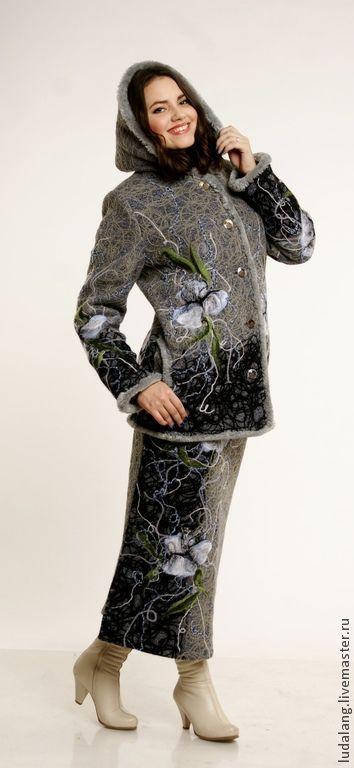 """Верхняя одежда ручной работы. Ярмарка Мастеров - ручная работа. Купить Теплая куртка и теплая юбка """"Снежный ирис"""""""". Handmade."""