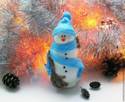 Новый год 2017 ручной работы. Ярмарка Мастеров - ручная работа. Купить Снеговик с метлой. Handmade. Снеговик, зима, новогодний сувенир