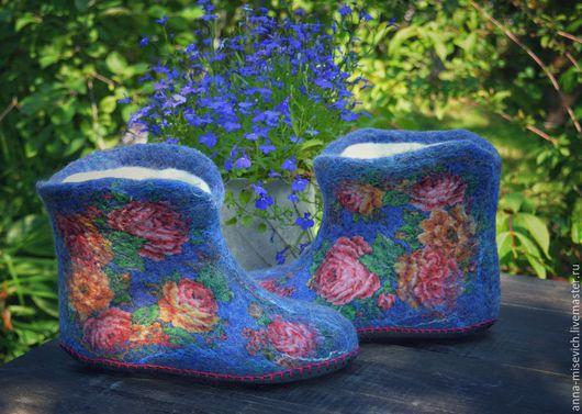 """Обувь ручной работы. Ярмарка Мастеров - ручная работа. Купить Чуни """"Вечерок"""". Handmade. Синий, тапки из шерсти, натуральная кожа"""