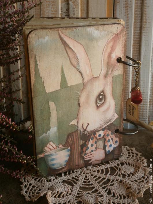Блокноты ручной работы. Ярмарка Мастеров - ручная работа. Купить Деревянный блокнот Алиса. Handmade. Чудеса, любовь, деревянный