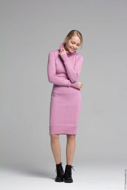 Платья ручной работы. Ярмарка Мастеров - ручная работа. Купить Платье водолазка пудровый из мериноса. Handmade. Розовый, зимнее платье
