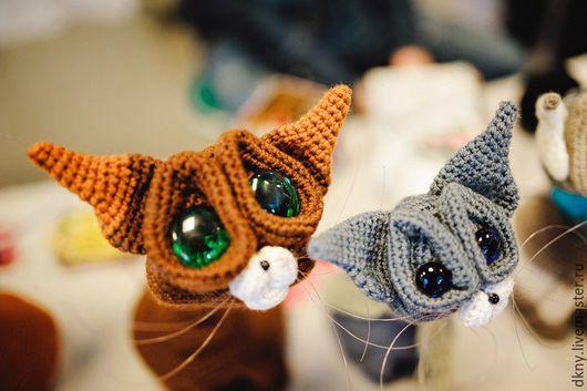 Игрушки животные, ручной работы. Ярмарка Мастеров - ручная работа. Купить Котик. Handmade. Комбинированный, сиамский кот, лунный, крючок