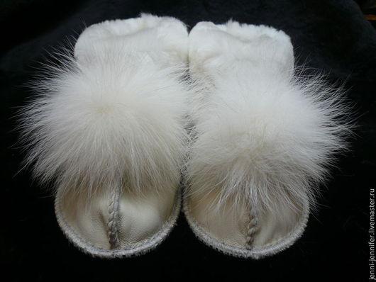 Обувь ручной работы. Ярмарка Мастеров - ручная работа. Купить Женская домашняя обувь БЕЛАЯ ОВЕЧКА. Handmade. Белый, чуни
