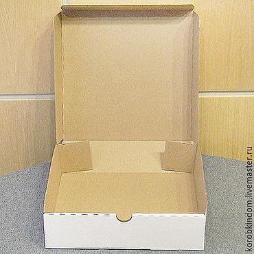Материалы для творчества ручной работы. Ярмарка Мастеров - ручная работа Коробка 29,5х29,5х8 из микрогофрокартона белого. Handmade.