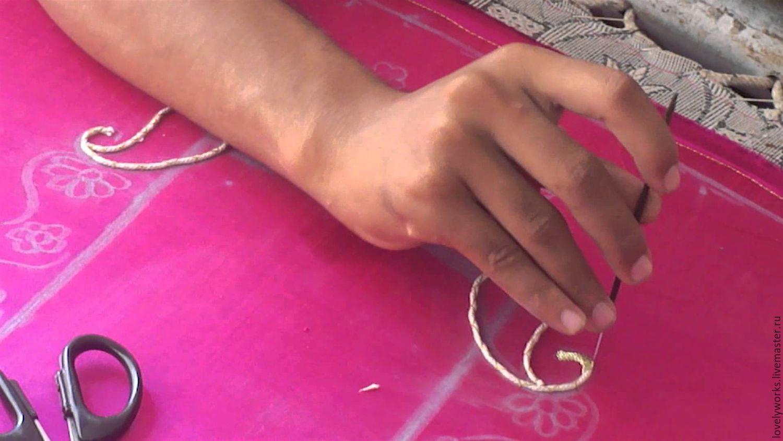 Крючок для вышивания бисером фото