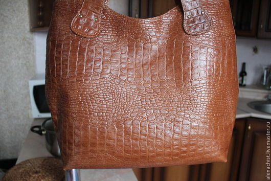 Женские сумки ручной работы. Ярмарка Мастеров - ручная работа. Купить Кожаная сумка Рыже-коричневый крокодил. Handmade. Коричневый
