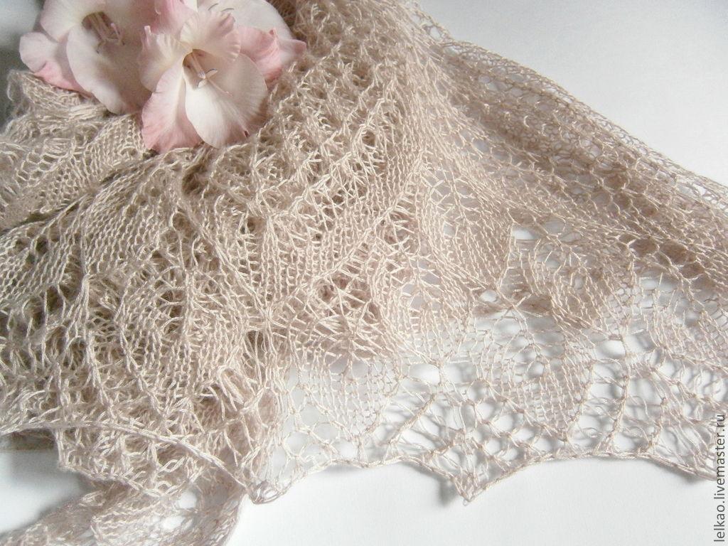 Шаль ажурная кашемировая вязаная спицами, подарок женщине жемчужно розовый, розовый цветок, пыльная роза, легкая шаль, пастель, бежевый, осенняя мода, кашемировая шаль