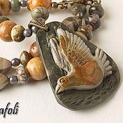 Колье ручной работы. Ярмарка Мастеров - ручная работа Колье из яшмы с птицей. Handmade.